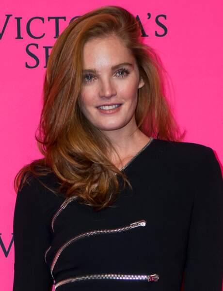 Les cheveux roux glamour