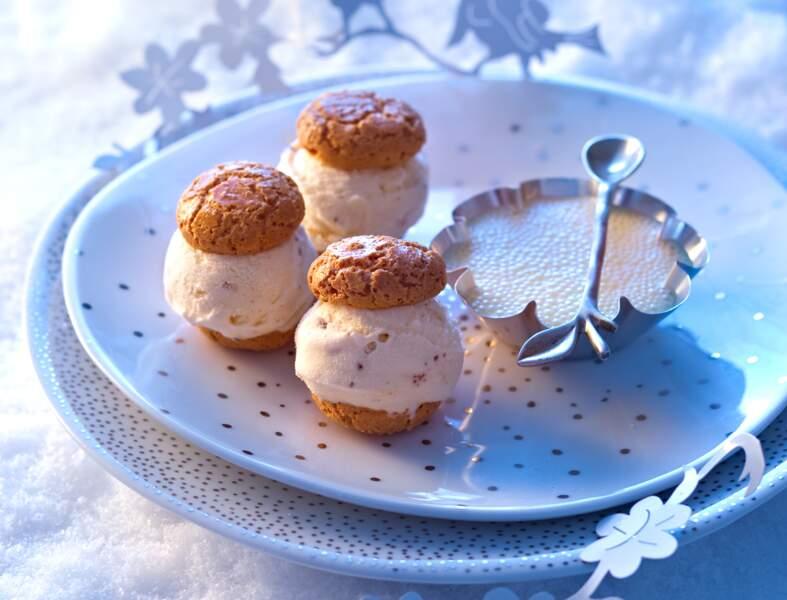 Biscuits glacés et crème vanille