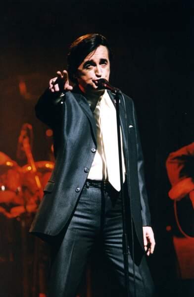 Dick Rivers sur scène à l'Olympia en 1996.