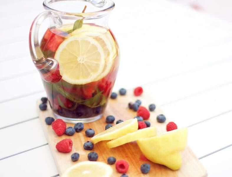 Aux fruits et à la verveine
