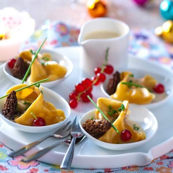 Raviolis de morilles, sauce foie gras