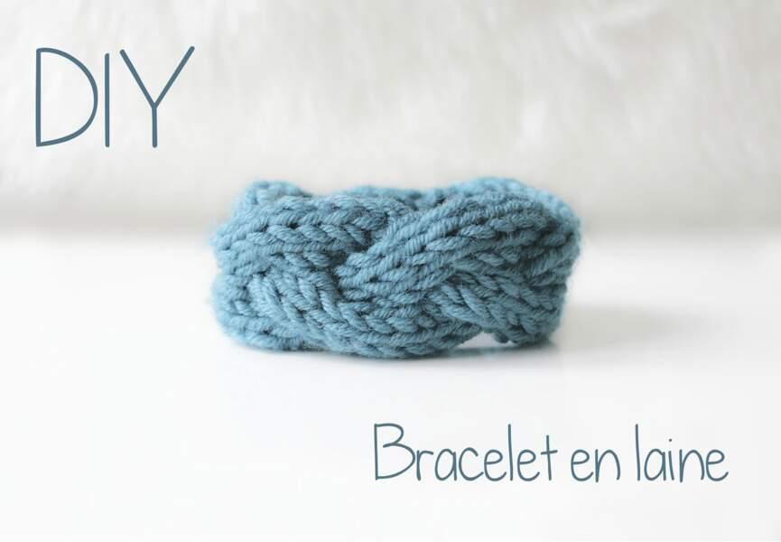 Un bracelet en laine