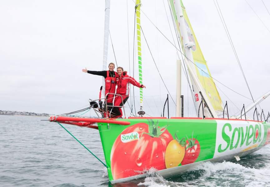 Sam Davies s'amuse, en attendant le début de la compétition le 10 novembre, jour du départ du Vendée Globe
