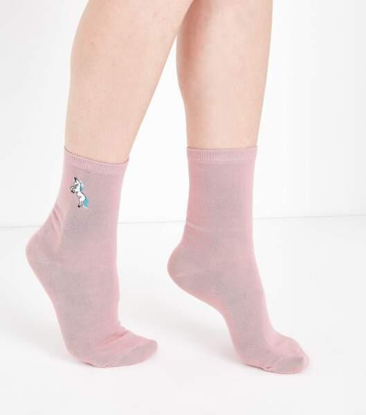 Chaussettes roses à licornes brodés