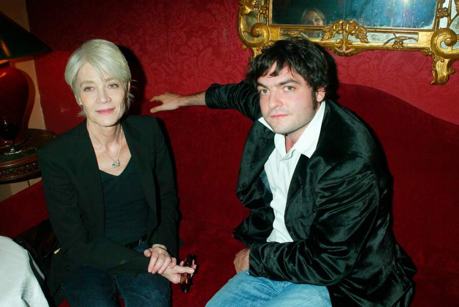 Françoise Hardy et Matthieu Chedid en 2003.