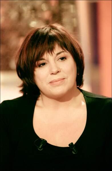 Michèle Bernier sur le plateau de Vivement Dimanche en décembre 2000.