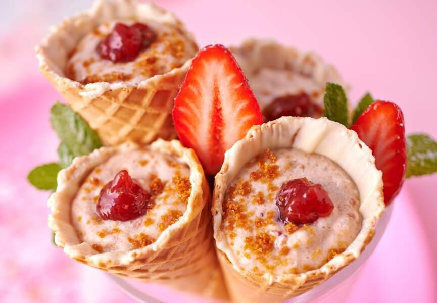 Cornet de tiramisu à la fraise
