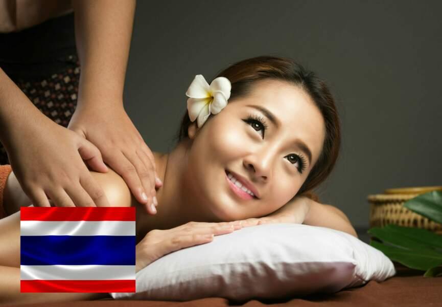 En Thaïlande, le massage Nuad Boran pour les sportifs
