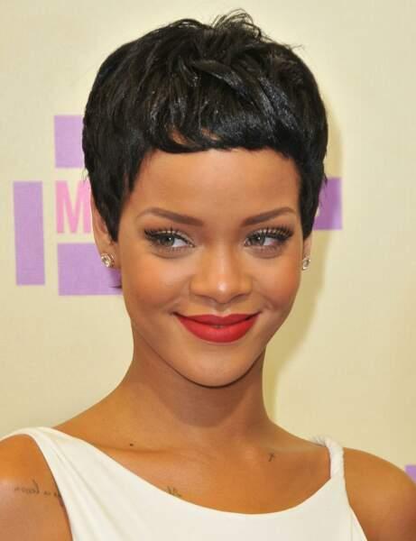 La coupe pixie de Rihanna
