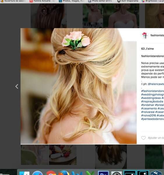 Coiffure de mariage pour cheveux longs : la pince fleurie