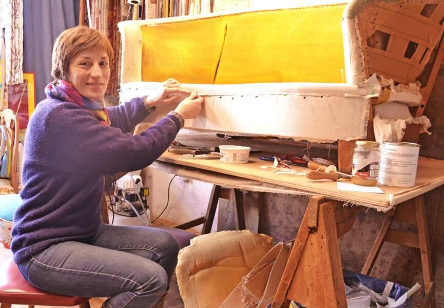 Agnès, 49 ans tapissière en meubles:  « C'est une profession en constante évolution »