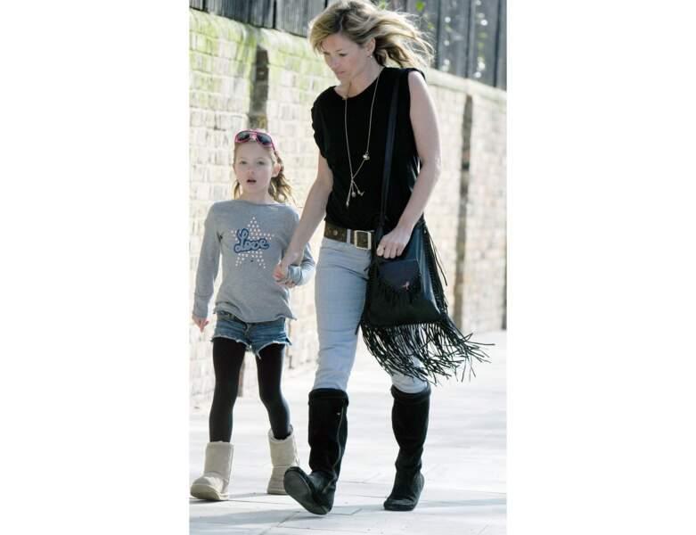 En 2010, Lila a 8 ans et profite d'une balade avec sa mère
