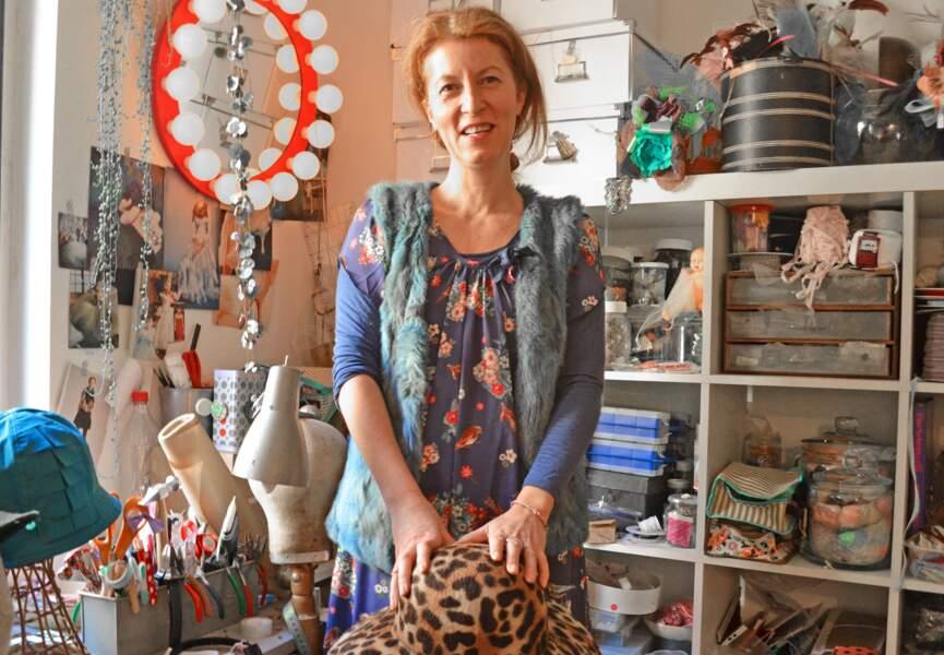 Manon, 51 ans, modiste: « Les Japonaises raffolent de mes chapeaux ! »