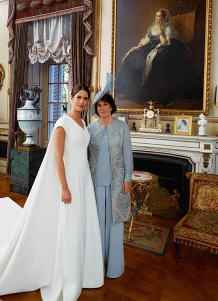 Sofia Palazuelo avec sa mère Sofia Barroso au palais de Liria