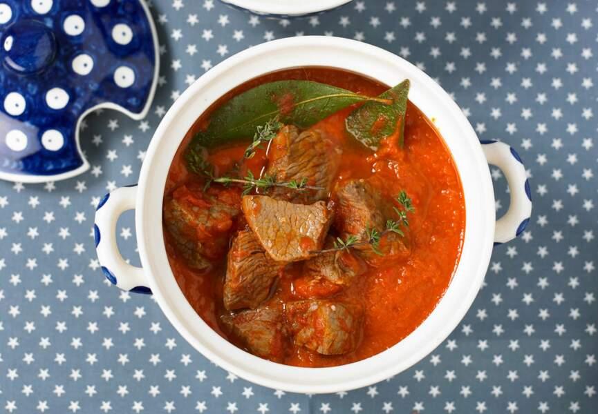 Mijotée d'agneau en sauce tomate, riz basmati