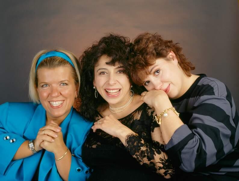 """Michèle Bernier avec Mimie Mathy et Isabelle de Botton, un trio qui compose """"Les Filles"""" en 1990."""