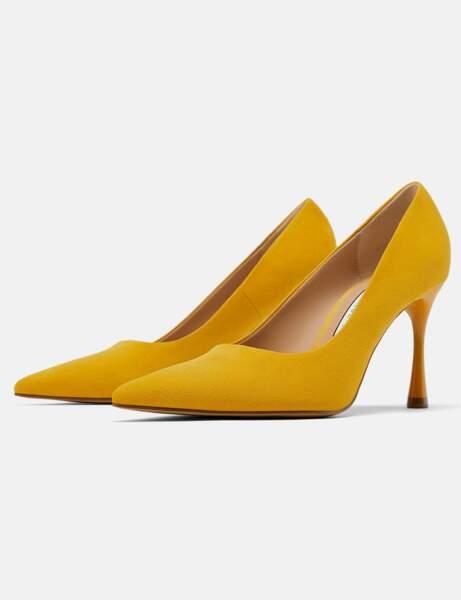 Zara: les escarpins jaunes