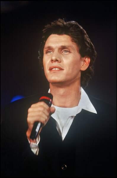 Marc Lavoine sur scène en 1995.