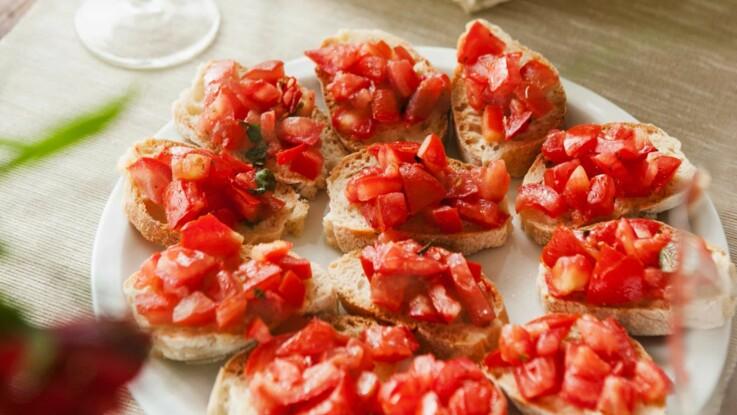 Bruschetta : la vraie recette de cette spécialité italienne