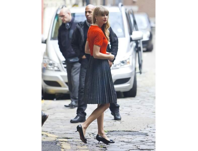 Première dame rétro comme Taylor Swift