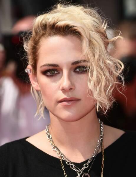Le court asymétrique de Kristen Stewart