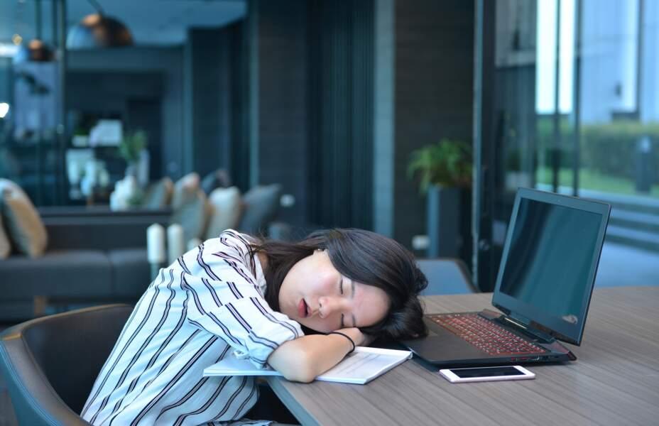 Japon : des micro-siestes, même au bureau