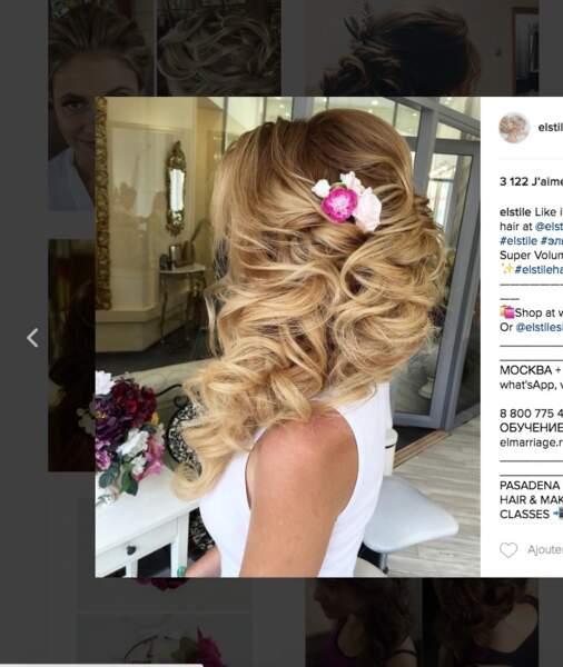 Coiffure de mariage pour cheveux longs : le tombé ondulé