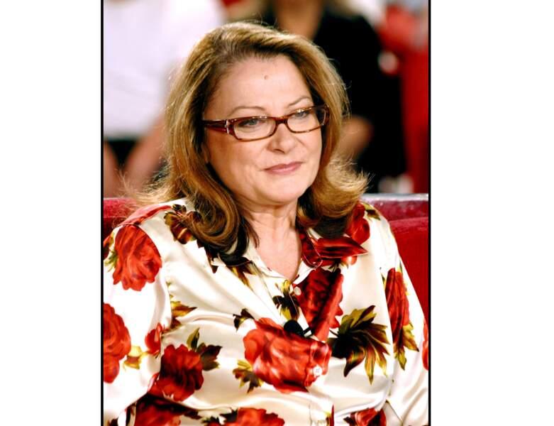 """En 2002, à 52 ans, Josiane Balasko est invitée sur le plateau de """"Vivement Dimanche"""""""
