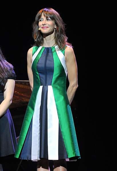 Sophie Marceau en 2013 en robe tricolore