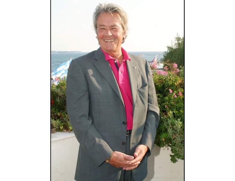 À 67 ans, il est photographié lors du Festival de Cannes (2002)