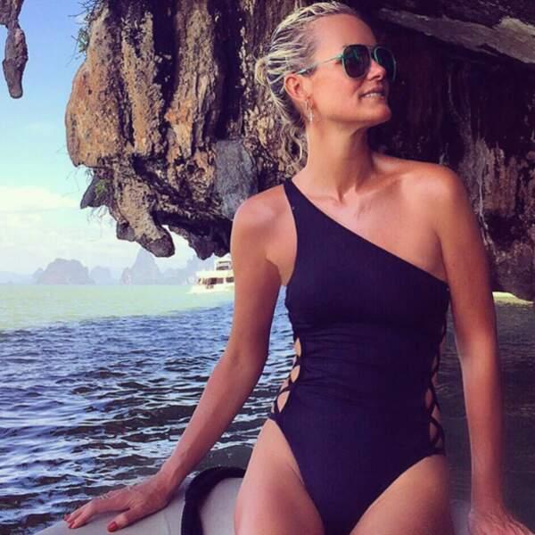 Laeticia Hallyday et son bronzage parfait...