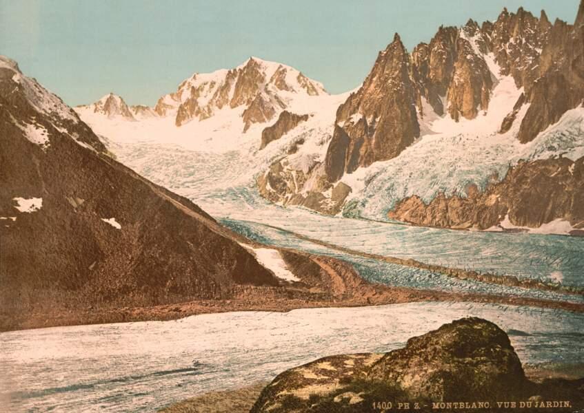 Le Lac Blanc de la vallée de Chamonix et sa sublime vue sur le Mont-Blanc