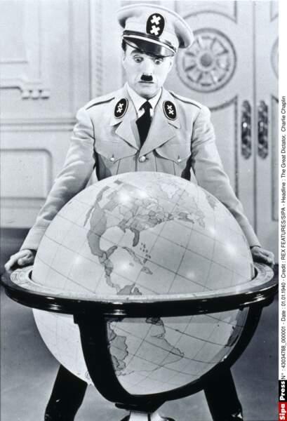 Charlie Chaplin dans Le Dictateur