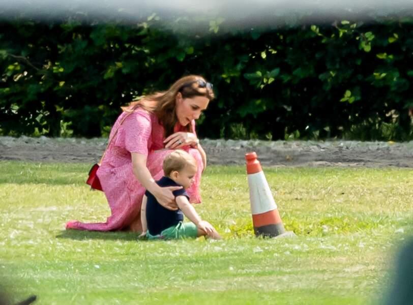 Et parfois revenir jouer avec son fils Louis.