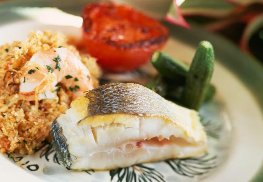 Poisson grillé et farofa de crevettes