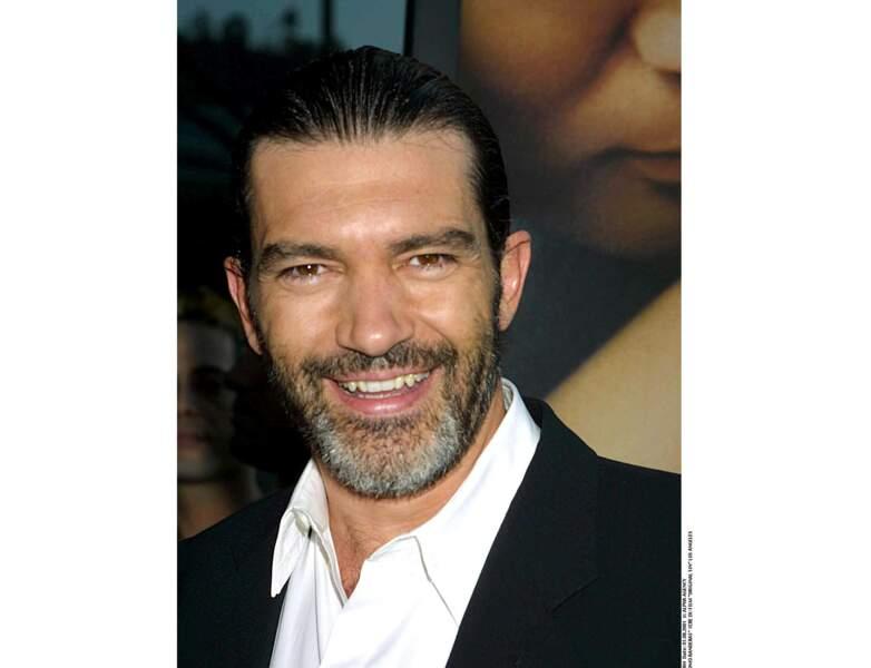 Antonio Banderas en 2001, il a 41 ans et adopte la barbe