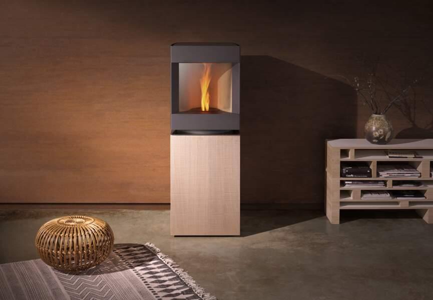 Nos poêles et radiateurs pour l'hiver : le poêle au design épuré