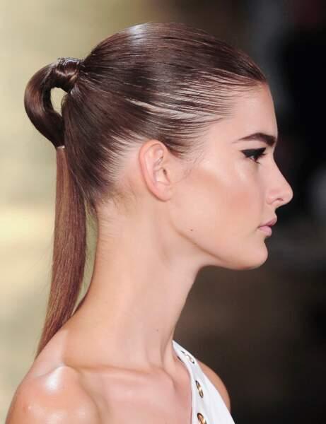 La ponytail double attache