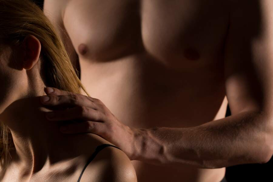 Vermek ona bir erotik masaj