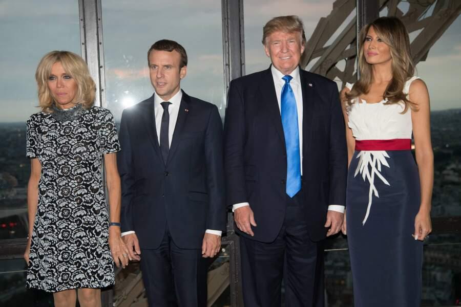 """Un dîner """"amical"""" servi au deuxième étage de la Tour Eiffel"""