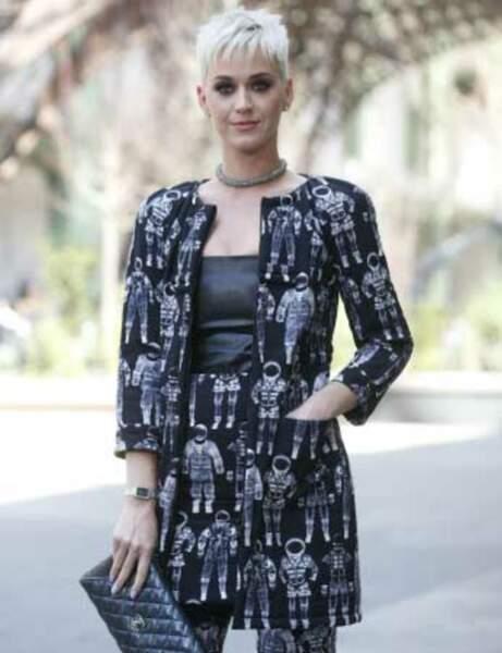 Katy Perry et son look spacial