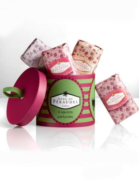 Boîte à chapeaux pour savons parfumés