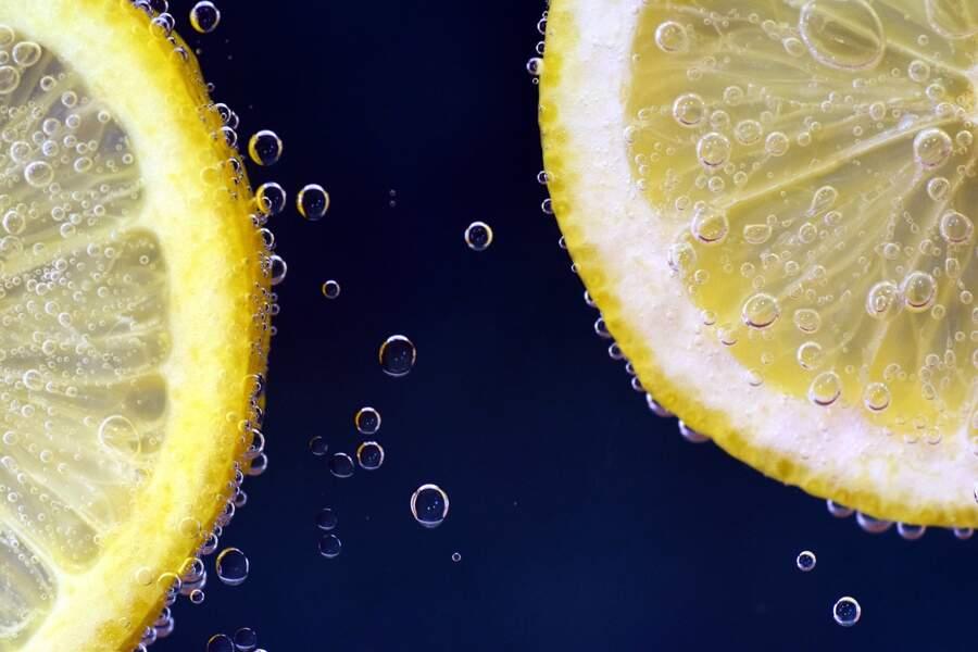 Remède au citron : une lotion anti-acné
