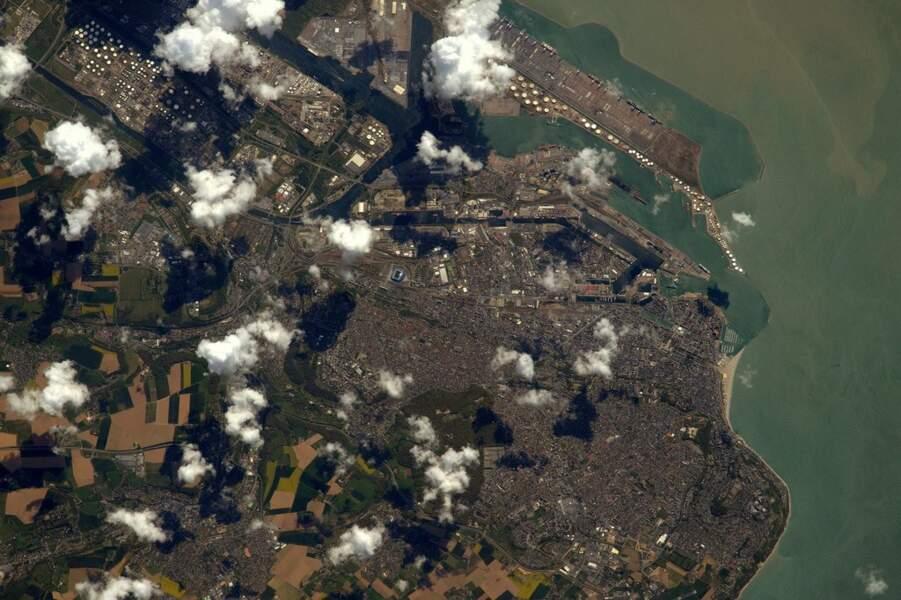 Le Havre sous les nuages, en Seine-Maritime... Un département cher à l'astronaute français