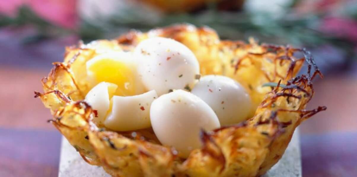 Nids de pommes de terre aux œufs de caille
