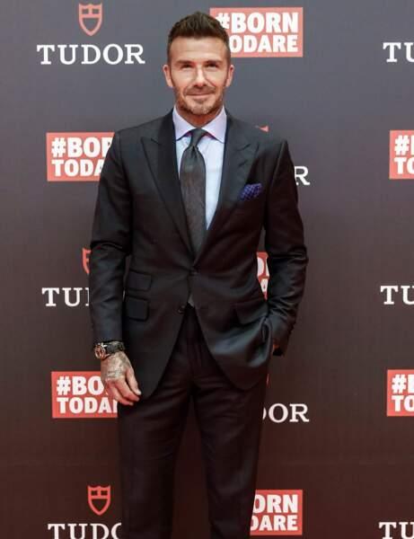 Son père, le footballeur David Beckham