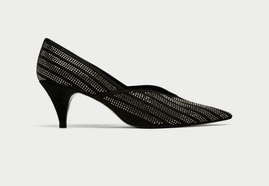 Chaussures de soirée : les escarpins à strass