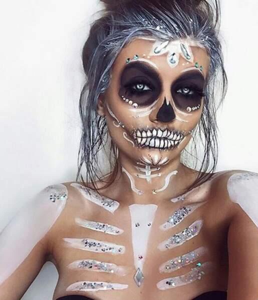 Maquillage d'Halloween visage et corps