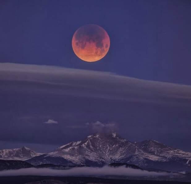 6h30 du matin au-dessus du Mont Meeker dans le Colorado (États-Unis)