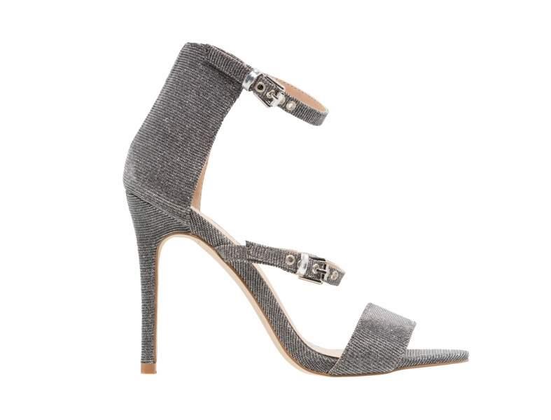 Chaussures de soirée : les sandales argentées